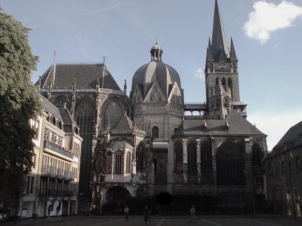 Wirtschaftsauskunftei in Aachen einsetzen