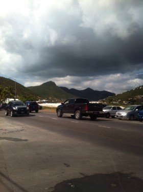 Das Geschehen wird von den Detektiven auf St Maarten verdeckt in Foto- und Videoform aufgezeichnet. Bildrechte: DSD Detektiv SYSTEM Detektei ® GmbH / Randel