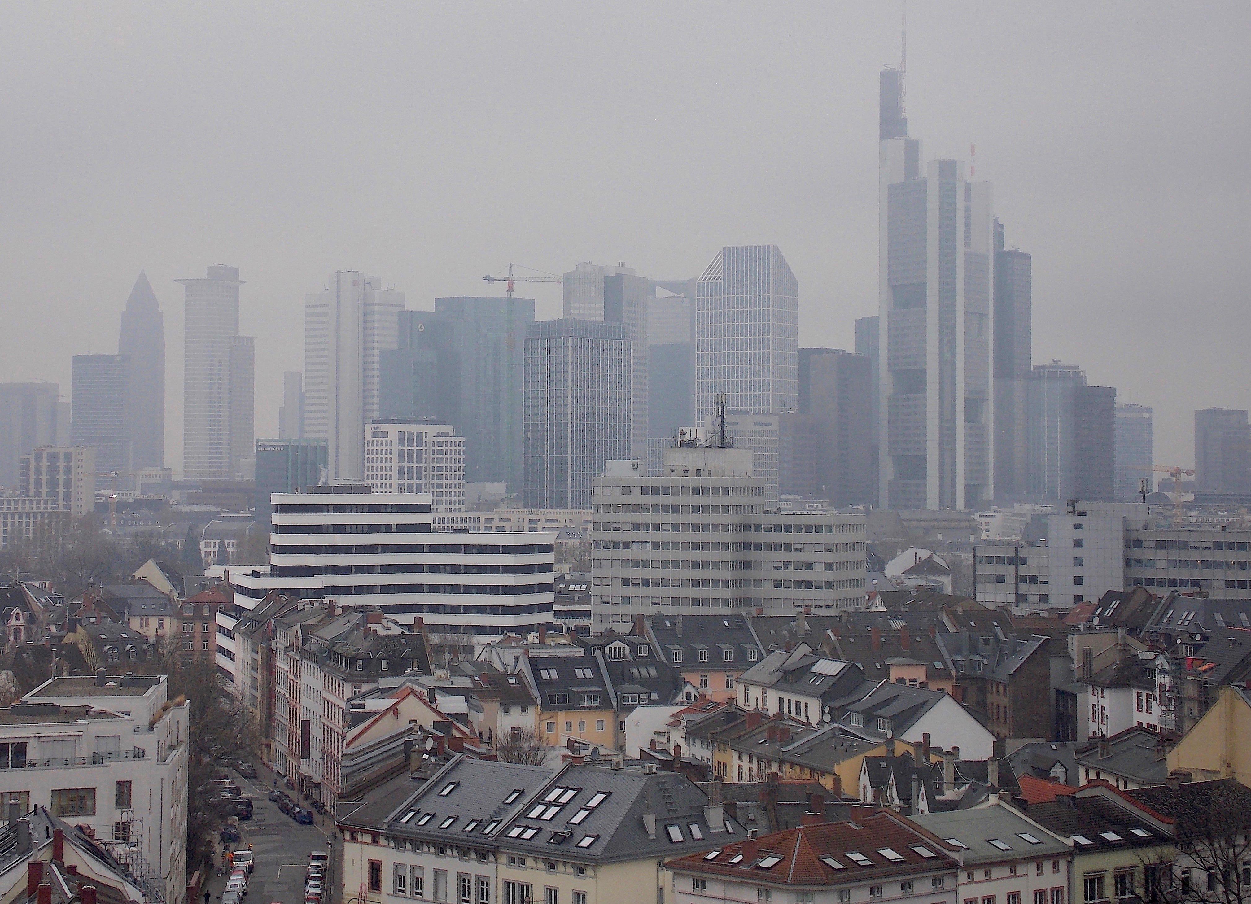 Die beste Detektei Frankfurt am Main observiert und recherchiert weltweit