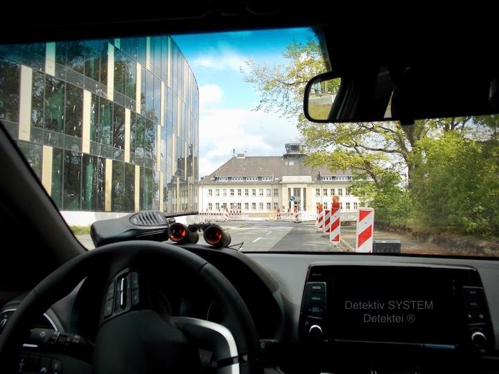 Privatdetektiv beschattet am Braunschweiger Flughafen
